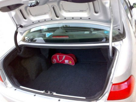 Fiat Albea багажник