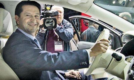 Глава Nissan США
