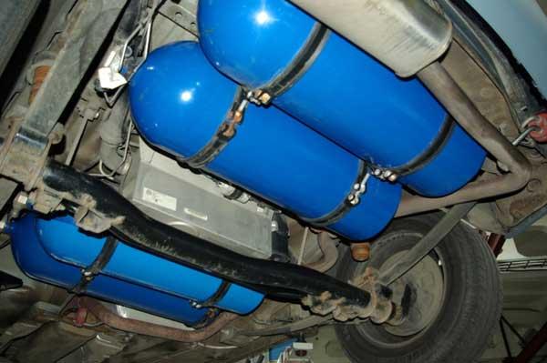 Можно ли заправить автомобиль газом в домашних условиях