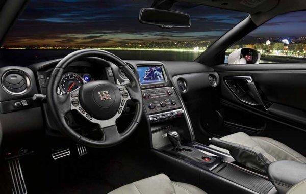 Новый Nissan GT- R - российские цены