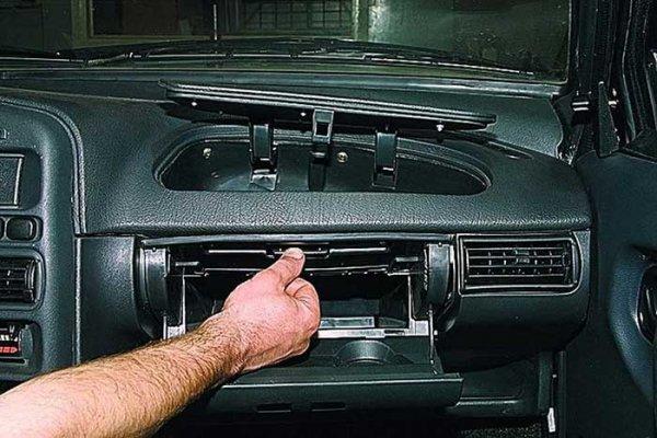 Снятие и замена радиатора печки на ВАЗ 2113/2114/2115 без снятия панели