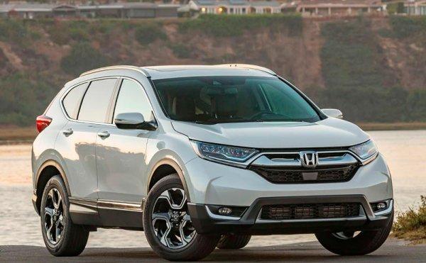 Кроссовер Honda CR-V подорожал в России на 20-70 тысяч рублей