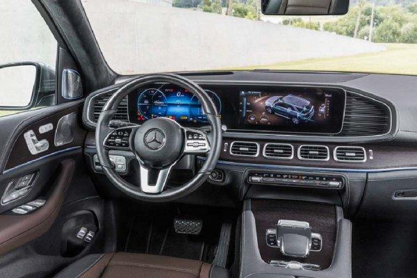 Новый Mercedes GLE: комплектации и цены для России