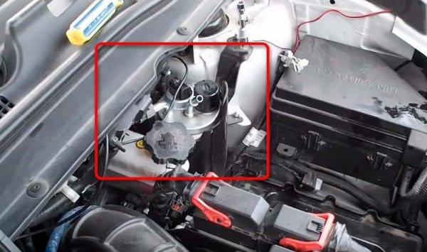 Замена топливного фильтра на SsangYong New Actyon, видео инструкция