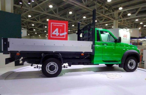 УАЗ представил обновленный грузовичок «Профи»