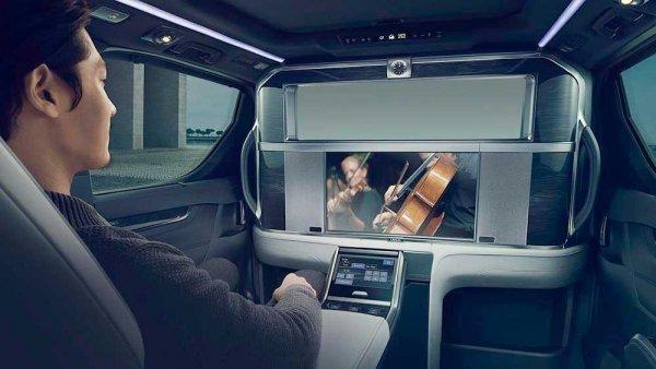 Lexus стремится покорить рынок роскошных минивэнов