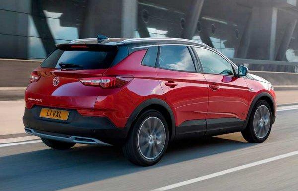 Opel представил новую гибридную версию Grandland X