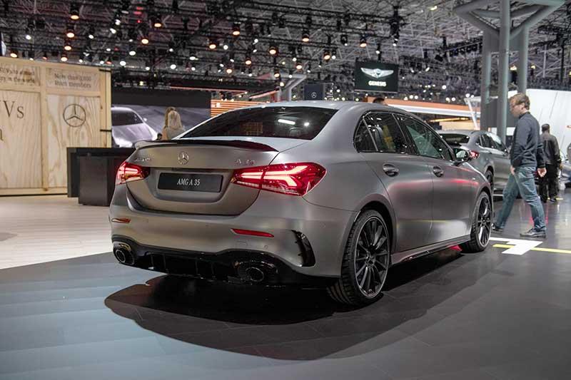 Назван рублевый ценник «заряженного» хэтчбека Mercedes-AMG A35