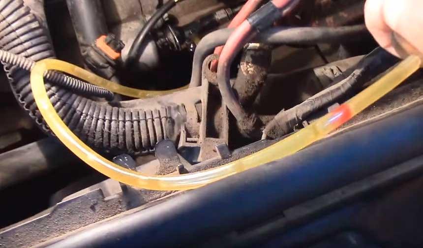 Прокачка гидропривода сцепления Renault Duster