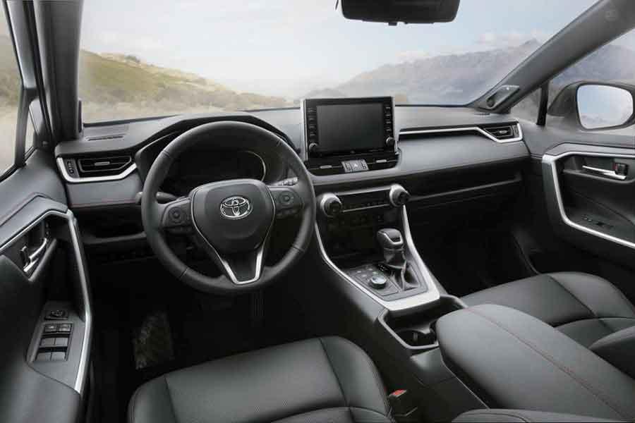 Toyota представила самый мощный гибридный автомобиль в мире