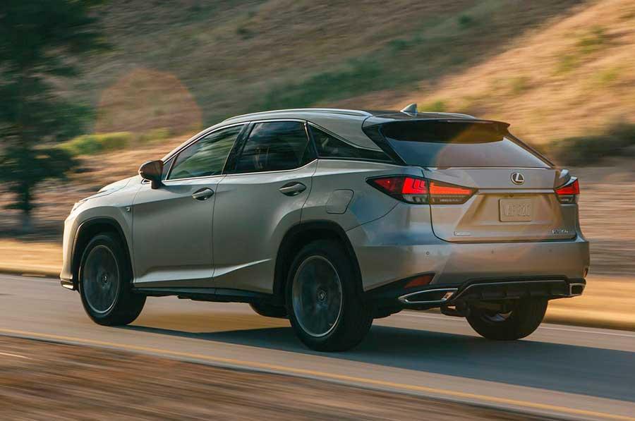 Новый Lexus RX 300 – популярный кроссовер от именитого бренда